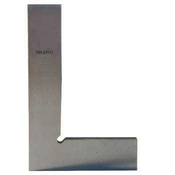 Glatte Präzisionswinkel aus Stahl